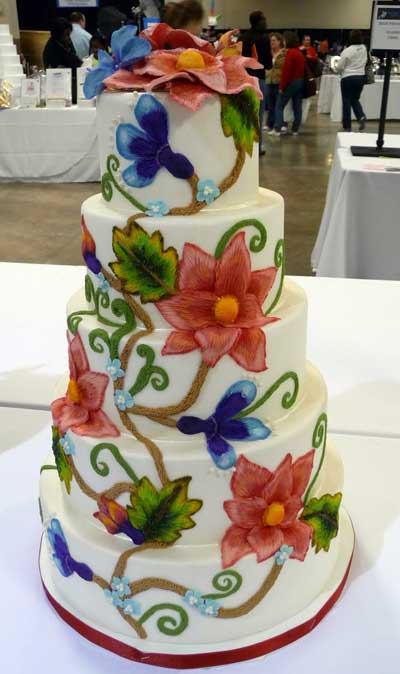 Crewel Embroidery Cake!