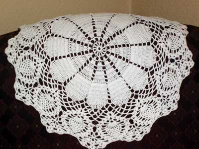 Crochet - Grape Doily Mesh Section Guide - YouTube
