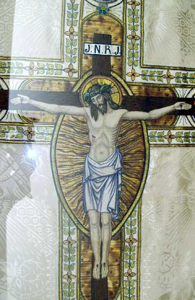 Chasuble with hand-embroidered Crucifixion scene