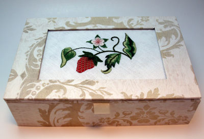 Gilt Sylke Strawberry on embroidered box lid