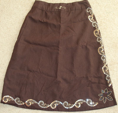 Skirt embroidered with beads and sequins