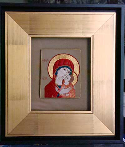 Embroidered icon with flat silk