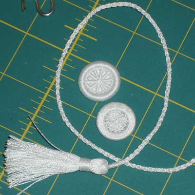 Making a Kumihimo cord for the linen pouch