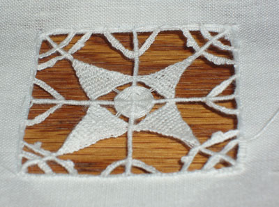 Lace Gumnuts - Armenian Needlelace and Embroidery