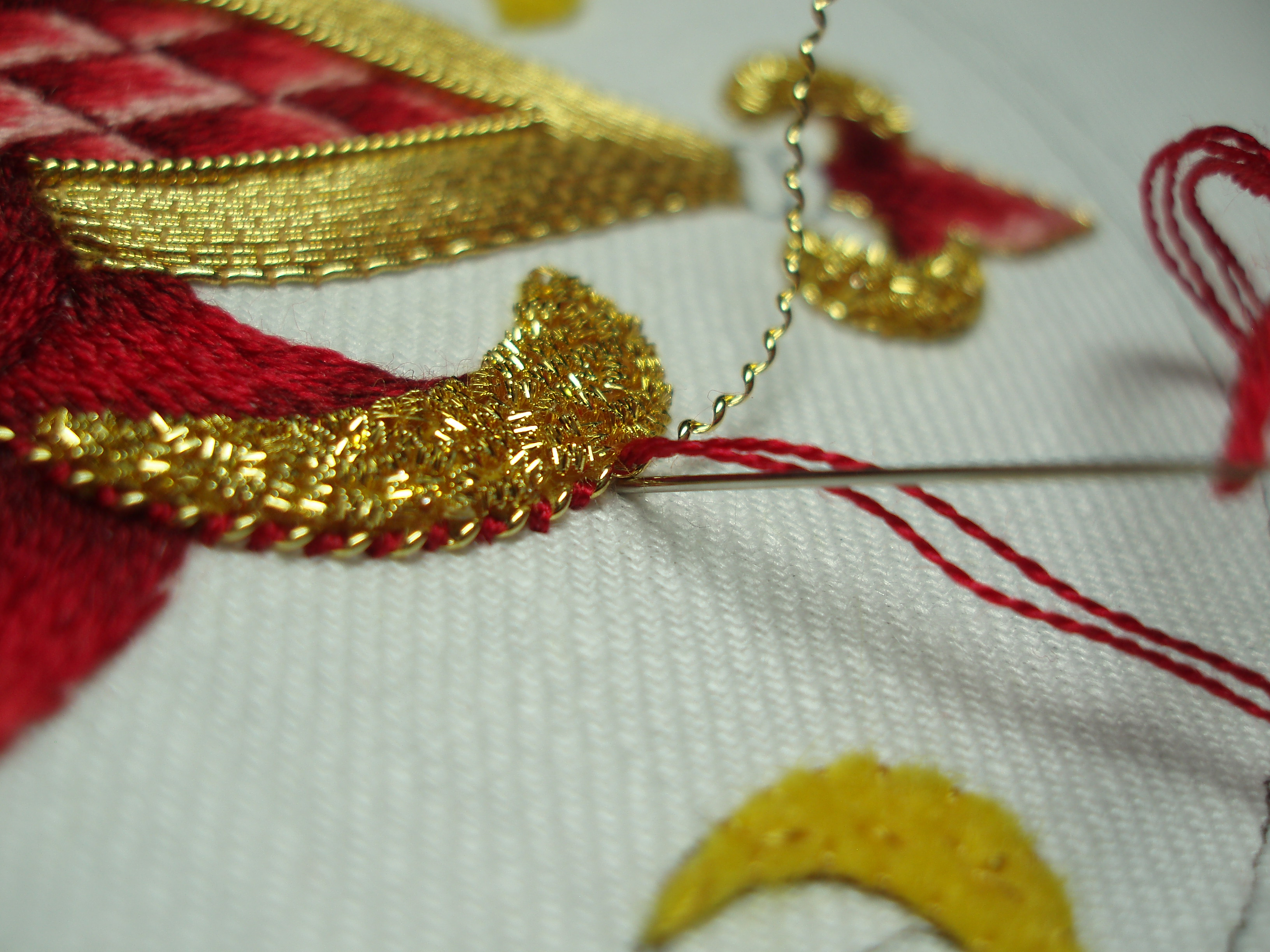 Goldwork needlenthread