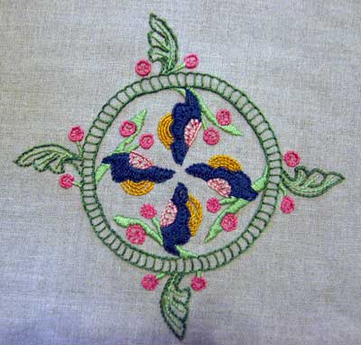 Free Hand Embroidery Pattern stitched by a reader