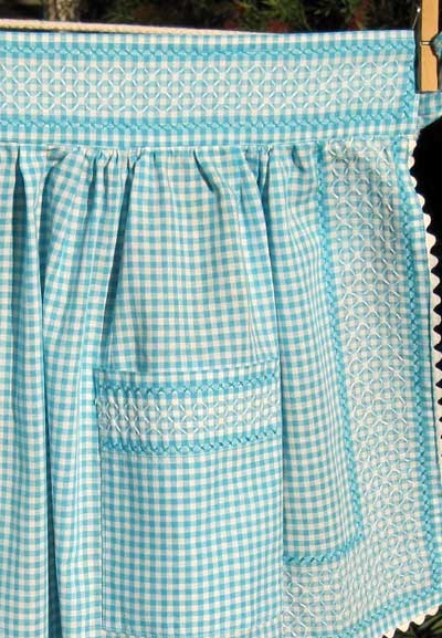 Vintage Chicken Scratch Gingham Aprons with a Pattern to Use