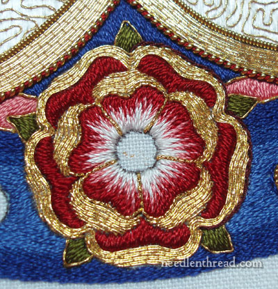 Outlining goldwork embroidery with silk
