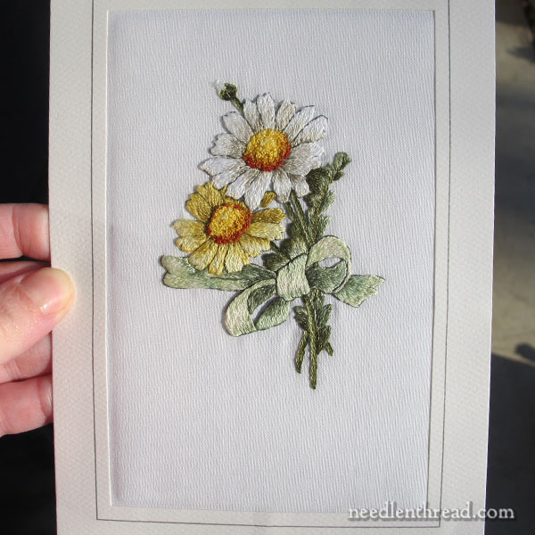 Embroidered daisies - needlepainting techniques