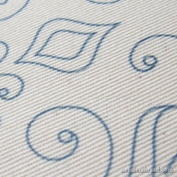 Twill and Duck: Fabrics for an embroidered tote bag