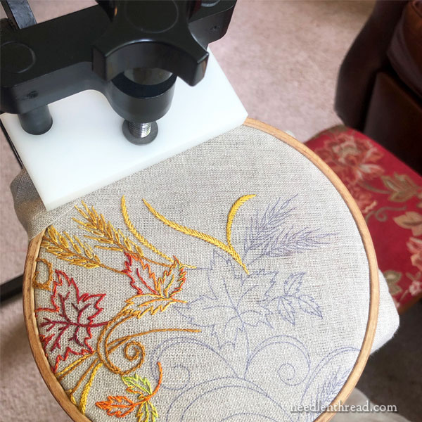 Needlework System 4 stand and embroidery hoops