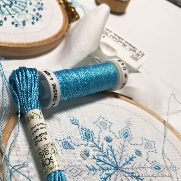 A Ver a Soie Metallics and Satin Stitch