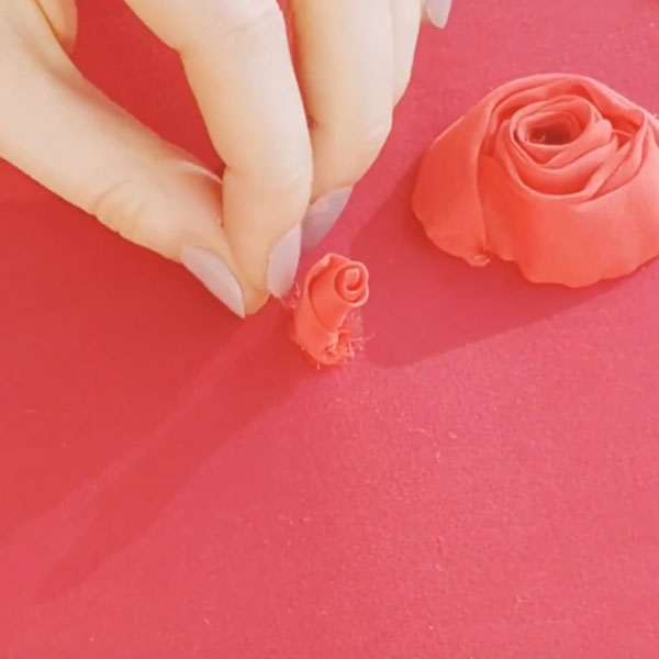 Valentino Rose - London Embroidery School