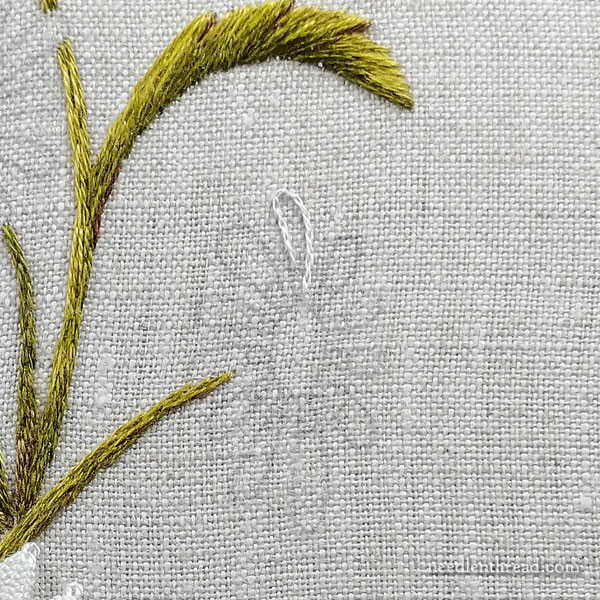 How to embroider daisies: long & short stitch with turkey work